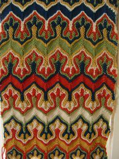 Fox paws patterns by Xandy Peters Handarbeiten ☼ Crafts ☼ Labores ✿❀.•°LaVidaColorá°•.❀✿ http://la-vida-colora.joomla.com