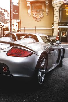 Porsche Carrera GT. Luxury, amazing, fast, dream, beautiful,awesome, expensive, exclusive car. Coche negro lujoso, increible, rápido, guapo, fantástico, caro, exclusivo.