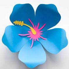 This is an SVG FILE!!! A file to use in cutting machines such as Cricut and Silhouette Cameo. This is not the file for trace and cut purposes. This Listing is for FLOWER PETALS TEMPLATE and 2 component centers ONLY (see 2nd Photo). Leaves are NOT INCLUDED. It can, however, be purchased separately in my store. DETAILS: File Type: SVG/PNG No. of Petal Sizes: 1 Petal Size ( You can Resize it with the sizing I indicated at the word doc attached upon purchase. So don't forget to download