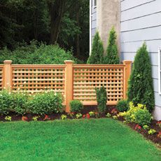 How to Build a Wood Lattice Fence A cedar fence featuring square lattice and chunky posts creates a decorative yard accent that'll stand up to any climate—and plenty of neighborly ogling Backyard Fences, Garden Fencing, Outdoor Fencing, Pool Fence, Fenced Garden, Garden Bed, Fence Design, Garden Design, Square Lattice