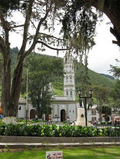 Timotes venezuela | Iglesia y Plaza Bolívar de Timotes