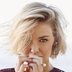 Searching for professional bridal makeup & hair services in Sydney? Look no further than Edwards And Co. Book now & look your best on your special day Fast Hairstyles, Summer Hairstyles, Lara Bingle, Hair Inspo, Hair Inspiration, Medium Hair Styles, Short Hair Styles, Best Hairdresser, Blonder Bob