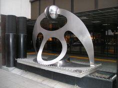 Arte Madi, Lights Artist, American Artists, Wearable Art, Sculpture Art, Steel, Silver, Design, Home Decor