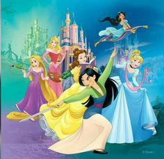 Interesting mix. I love that Mulan is shown with a sword in the front! (Instead of Ariel and Snowwhite, Rapunzel and Mulan are included)