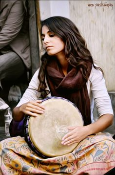 Untitled by Prens Guz on Hinech Yafa from the band Light in Babylon playing on the streets of Istanbul. Musician Photography, Photography Women, Poses, Street Musician, Exotic Beauties, Music Images, People Of The World, Sufi, Gypsy Soul
