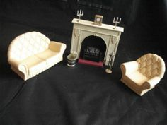 Vintage Sindy Living Room Pieces Fireplace, battery operated fire place w/accessories, love seat (settee) and chair