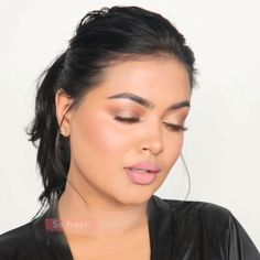 If you're looking for a light makeup look tutorial, this is the one! makeup videos SOFT MAKEUP LOOK Light Makeup For Teens, Light Makeup Looks, Natural Makeup For Teens, Simple Makeup Looks, Natural Makeup Looks, Natural Beauty, Beauty Make-up, Beauty Hacks, Sommer Make-up Looks