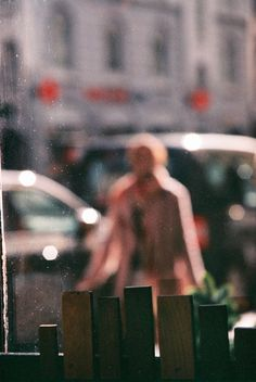 Saul Leiter / look out 1