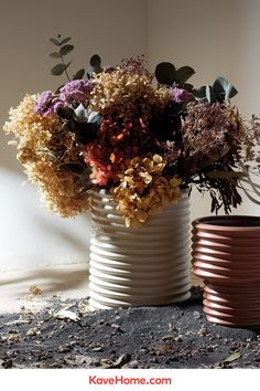 Kave Home Aleray Vaas Flower Decorations, Table Decorations, Planter Pots, Herbs, Vase, Interior Design, Flowers, Plants, Diy