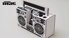 """""""Berlin Boombox"""", a built-it-yourself cardboard boombox designed by Axel Pfaender for a smartphone, an mp3 player or a laptop."""