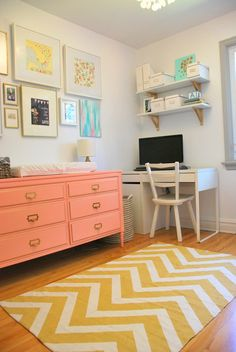 Desk, spare room ideas from the sweetestdigs.com