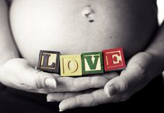 Maternity Pictures DIY Ideas and Poses