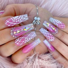 Lilac Nails, Coffin Shape Nails, Birthday Nails, Natural Looks, Pretty Nails, Nail Ideas, Nail Art Designs, Locks, Acrylic Nails