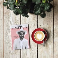 Good morning Wednesday! Hello MITT Magazine  Issue 5. Based off the mens street style blog Men In This Town MITT magazine is a printed quarterly digest capturing the everyday man in his natural habitat. Through profiles interviews features and photo essays MITT takes a closer look at who the men on the street are and their particular approach to the many facets of life. The fifth printed issue of MITT includes spotlights on man made goods from Australia the disconnected music scene in Sydney…