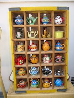 Mini Teapots a la Mary Engelbreit. Mary Engelbreit, Tea Art, Miniture Things, Displaying Collections, Shadow Box, Cup And Saucer, Dollhouse Miniatures, Tea Time, Crates