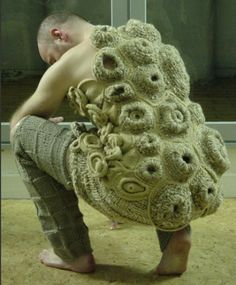 15 Crustacean Creations - From Barnacle Knitwear to the Maine Lobster Festival (CLUSTER) Art Au Crochet, Knit Art, Freeform Crochet, Knit Crochet, Textile Fiber Art, Yarn Bombing, Fabric Manipulation, Knit Fashion, Wearable Art