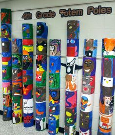 Art with Ms. Gram: Totem Poles – Brittney Bowers Art with Ms. Gram: Totem Poles Art with Ms. Totem Pole Art, Art Indien, Arts And Crafts Storage, Arts And Crafts For Adults, Art And Craft Videos, 4th Grade Art, Native American Art, American History, Canadian History