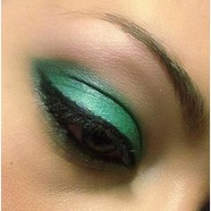 Jade Green Eyeshadow