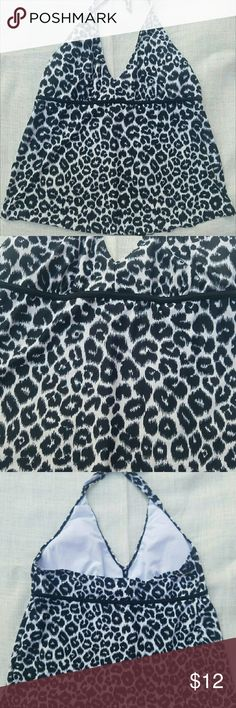 ??Clearance! Motherhood Maternity cheetah swim top Fall clearance! This Motherhood Maternity tankini top is adorable in black and white cheetah print. Size XL. Great condition. Soft lining in the bra. Motherhood Maternity Swim Bikinis