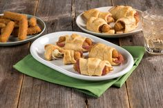 An after-school snack has never looked so good. Ham and Cheese Turnovers with Apples!