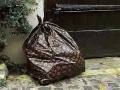 #LouisVuitton Trashbag