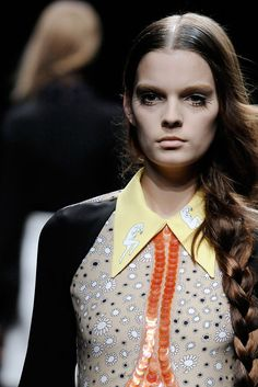 Miu Miu Spring 2010 Ready-to-Wear Collection Slideshow on Style.com