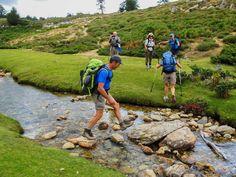 Le GR20 Sud proposé par Couleur Corse Mountains, Nature, Travel, Trekking, Bag, Color, Naturaleza, Viajes, Trips