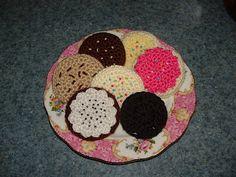 The Farmer's Granddaughter: Crochet Cookies