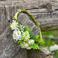 Čelenka do vlasov / Hydrangea - SAShE. Wreaths, Door Wreaths, Deco Mesh Wreaths, Floral Arrangements, Garlands, Floral Wreath, Garland