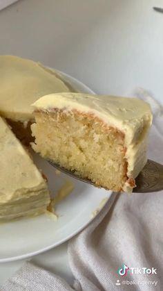 Fun Baking Recipes, Cake Recipes, Dessert Recipes, Quick Dessert, Delicious Vanilla Cake Recipe, Moist Vanilla Cake, Mexican Food Recipes, Sweet Recipes, Comida Diy
