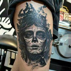 The silhouettes of the birds blending into the hair of the sugar skull girl. Tattoo Girls, Girl Leg Tattoos, Body Art Tattoos, Tatoos, Tattoo Ink, Tattoo Trash, Great Tattoos, Beautiful Tattoos, Awesome Tattoos