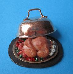 Truthahn auf Platte mit Deckel Puppenstuben Küchen Deko Miniatur 1:12