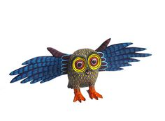 Wooden owl carving by Lauro Ramirez  #owl #carving #lauroramirez #mexicanart
