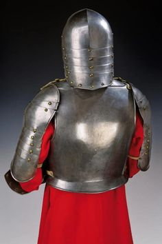 For Auction: A rare cavalry half armour ( on May 2020 Flintlock Pistol, Pauldron, Medieval Armor, Fantasy Armor, Armors, Fashion Branding, 16th Century, Warfare, Poland