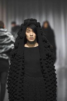 Wang Li Xuang F/W 2011 detail   Knit   Knitwear   tricot   high fashion runway