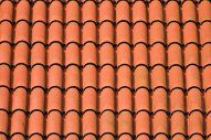 If you're thinking of roof a residence or a few other framework, you NEED to recognize a little about the kinds of roof shingles offered. Read Best Roof Shingles Ideas, The Complete Guide Tuile Romane, Types Of Roof Shingles, Roofing Shingles, Ice Dam Removal, Spanish Tile Roof, Roof Restoration, Architectural Shingles, Oaxaca, Dioramas