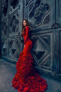 stunning!! red couture gown