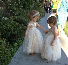 Gold Sequined Flower Girl Dresses Bling Bling Floor Length Tulle Wedding Party Princess Gowns Sleeveless Toddler Adorable Pageant Girl Dress