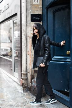 Rue de Temple, Paris - The Sartorialist Sport Fashion, Love Fashion, Girl Fashion, Womens Fashion, Fashion Design, The Sartorialist, Isabel Marant, Yves Saint Laurent, Skate Shop