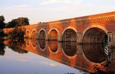 Pont Canal Du Cacor, France