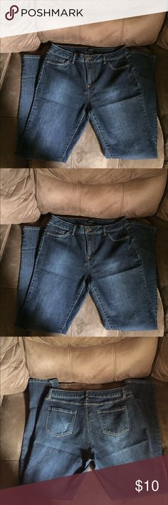 Sz 12 d.jeans Stretch Denim Jeans Sz 12 d.jeans Stretch Denim Jeans Sz 12. Excellent condition. All reasonable offers considered. Bundle and receive a discount. d.jeans Jeans Skinny