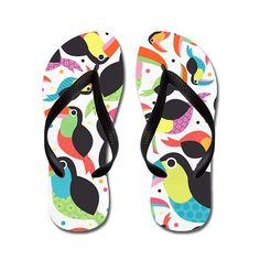 Poppylife Colorful Toucans Flip Flops Adults M, Black * Visit the image link more details. (This is an affiliate link and I receive a commission for the sales)