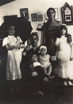 Chico, Marieta e as filhas Silvia, Helena e Luisa na década de 1970.