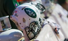 Jets work out six players including Dexter McCluster = With some concerns of depth following the 53-man roster, the New York Jets worked out six players on Friday. Among the top names are Dexter McCluster and Aaron Dobson.  A second-round selection from Ole Miss in 2010, McCluster.....
