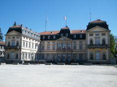 L'hôtel de ville du Puy en Velay (Haute-Loire, Auvergne) : http://gite-la-polonie.fr/visiter-puy-en-velay/