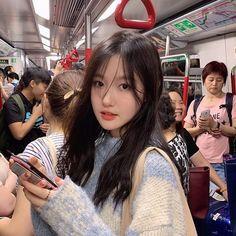 Korean Boys Ulzzang, Cute Korean Girl, Ulzzang Couple, Girl Korea, Asia Girl, Korean Aesthetic, Aesthetic Girl, Korean Beauty, Asian Beauty