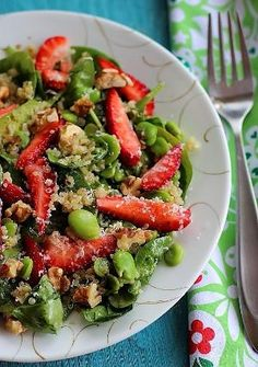 Summer spinach, strawberry & quinoa salad by francine