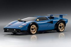 Lamborghini Countach LP 500 S Lamborghini rule #1 - the less comfortable you are… - https://www.luxury.guugles.com/lamborghini-countach-lp-500-s-lamborghini-rule-1-the-less-comfortable-you-are/