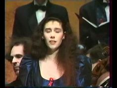 Patricia Petibon-Le Messie-William Christie-Les arts Florissants 1.wmv Early Music, Classical Music, Opera, Concert, Stars, Collection, Opera House, Sterne, Concerts