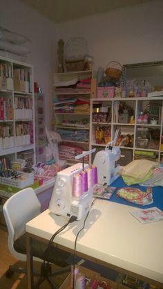 Meine Nähstube !! La mia stanza da cucito !!